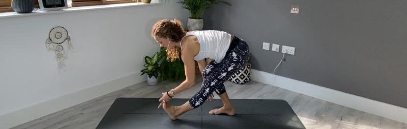 yoga explore play